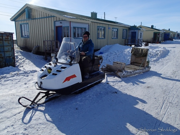 Kenneth found a nice snowmachine in Inchoun